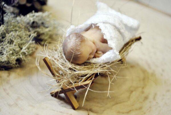 Jezusek figurka świąteczna Ptaszarnia